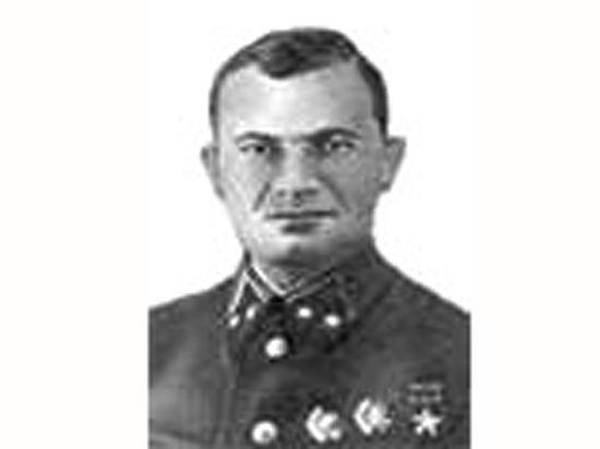 В годы войны «Рабиновичей» назначали генералами со скрежетом зубовным