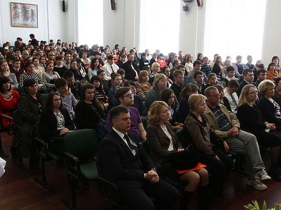 Региональный этап Всероссийской олимпиады для школьников прошел 15 апреля в Курском Государственном университете.