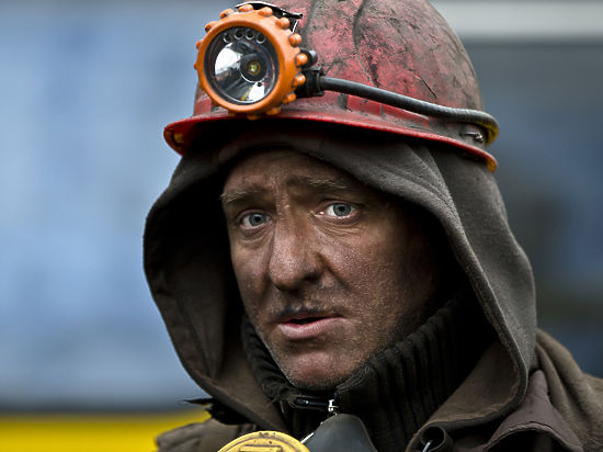 «Правый сектор» пытался разогнать «майдан» шахтеров в Киеве