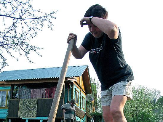 Помоги себе и соседу: неотложные действия при сердечном приступе на грядке