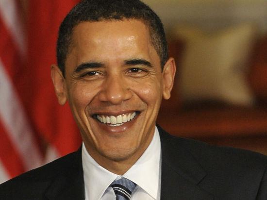 Обама передал россиянам поздравление с Днем Победы через своего советника