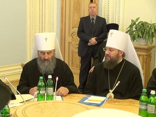 За невставание русских православных причислят к врагам Украины