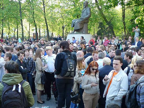 Три года назад рассерженные москвичи вышли на Чистые пруды