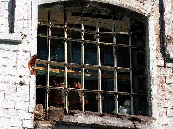Бунт в башкирской колонии: баррикады на крыше и 20 пострадавших