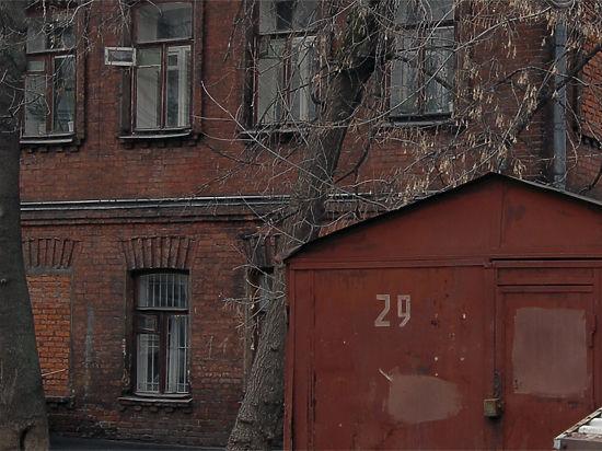 Шокирующая находка в коми: в гараже 200 лет лежали гробы с младенцами