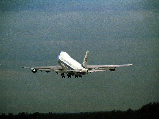 Boeing 787 Dreamliner может упасть, если проработает без перезагрузки 248 дней