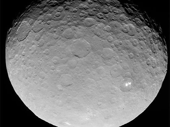 Астрономы получили изображения планеты, которые позволяют рассмотреть её в мельчайших подробностях