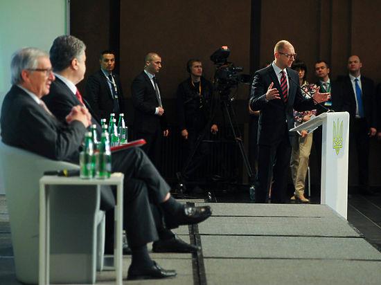 Яценюк предложил профинансировать армию, конфисковав $1,4 млрд