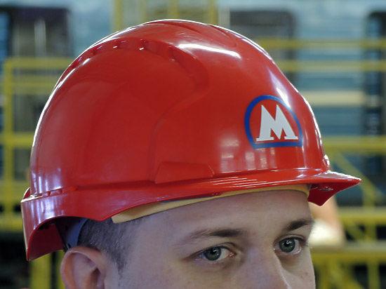 Рабочего, упавшего в шахту строящегося метро, вытащили спустя час