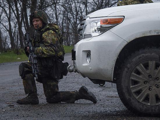 Накануне госсекретарь США посоветовал президенту Украины хорошо подумать прежде чем возобновлять силовые действия в Донбассе