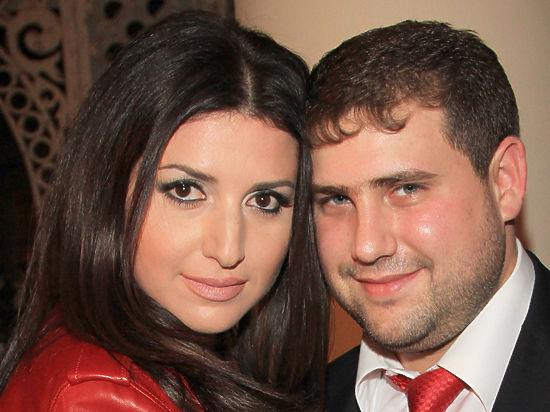 Муж певицы Жасмин не покинет Молдову