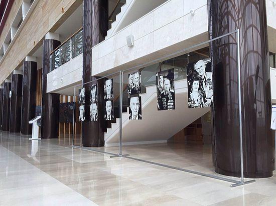 Выставка «Герои нашего времени» открылась  в Приморском театре оперы  и балета