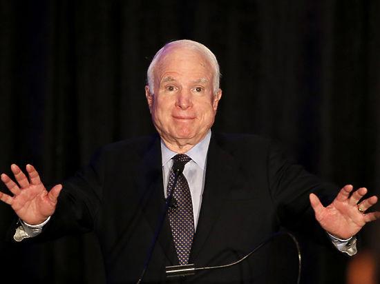 Маккейн сомневается, что сможет работать вСовете реформ при Порошенко