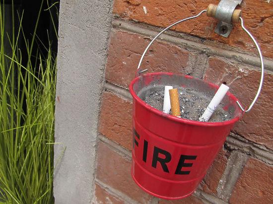 Совместный приказ Минстроя и Минздрава о курении вступит в силу в октябре