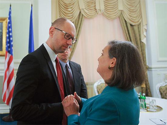Она пообещала оказать правительству Украины помощь, но какую — неизвестно