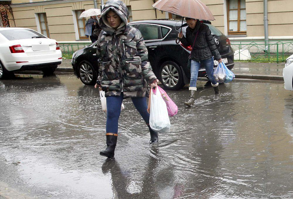 Испытание дождями в столице