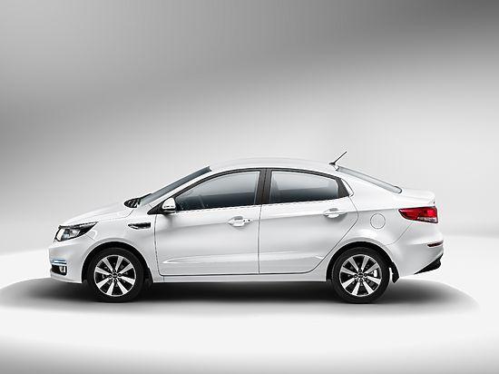 KIA стала лидером по продажам новых авто в России