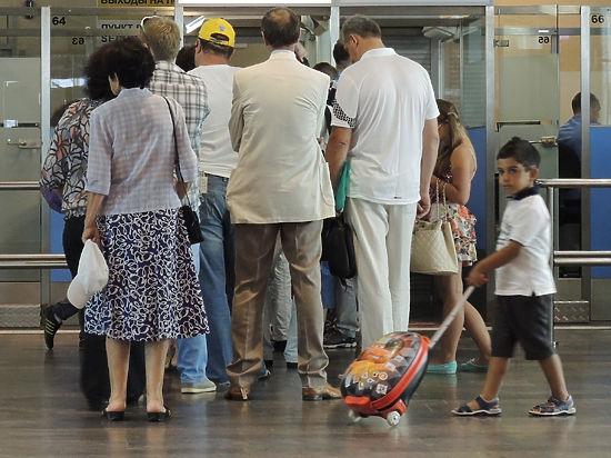Российские туристы в Египте смогут получать индивидуальную визу в аэропорту
