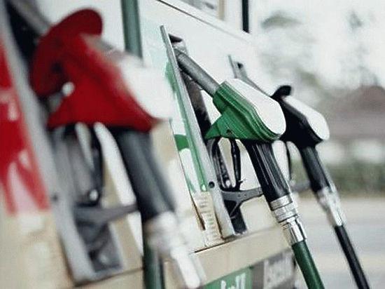 Депутат проверил бензин
