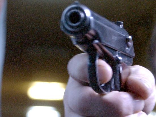 Житель Подмосковья, подстрелив подругу, случайно сознался по телефону