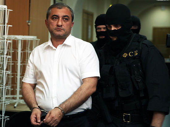 Но суд не услышал его доводов и не отпустил под домашний арест