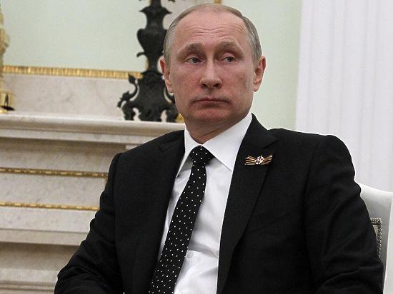 Путин поручил перевести чиновников на государственный сегмент интернета