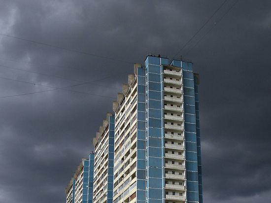 Гроза в Москве «закончилась» взрывом газа на Рябиновой улице