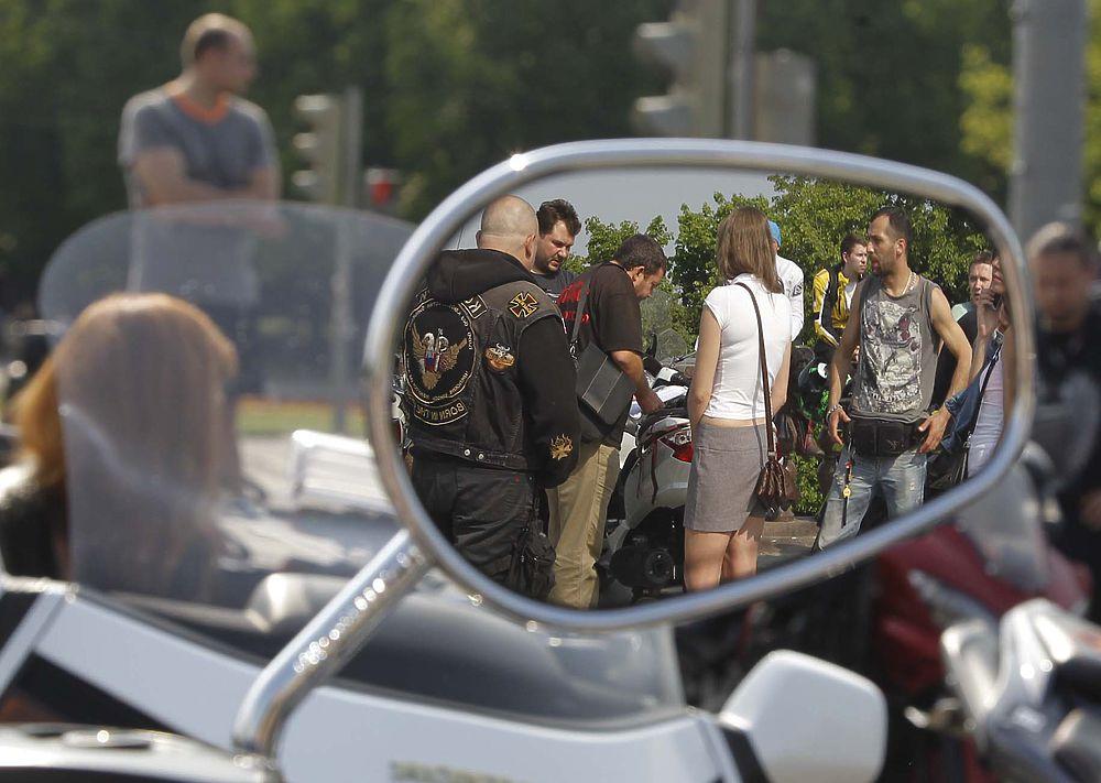 Мотопробег в память о погибшем на Кутузовском проспекте байкере