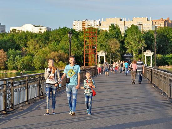 Порядок возвращается в Донецк: появились деликатесы, осталось найти деньги