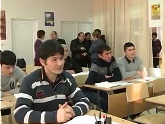 Центр для мигрантов в Грязовце станет гостиницей и школой