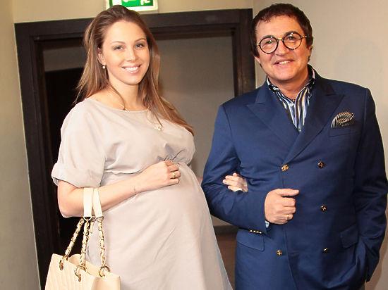 Супруга Дмитрия Диброва сделала из своих родов реалити-шоу