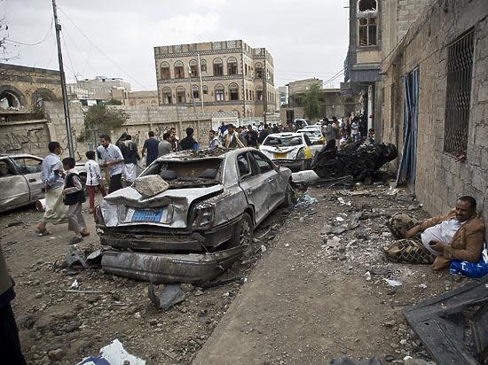 В результате авианалета арабской коалиции погибли 80 человек