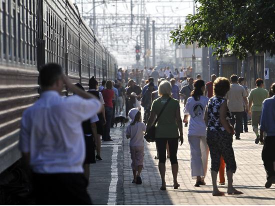 Билеты на скоростные поезда у пассажиров начнут проверять перед выходом на перрон для ускорения посадки