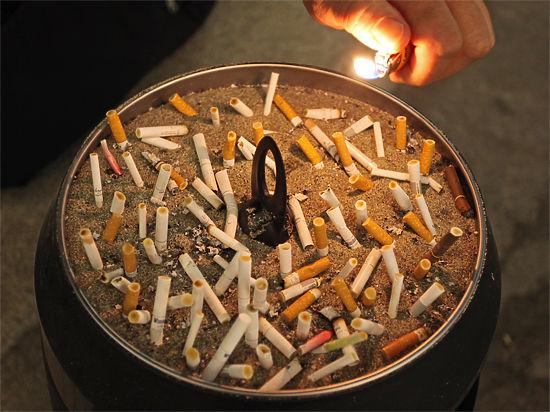 Данные Минздрава: большинство людей в России не курят