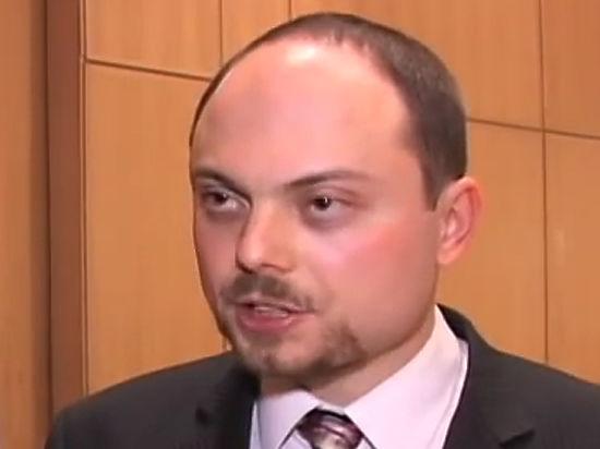 Журналист Кара-Мурза начал реагировать на голос жены