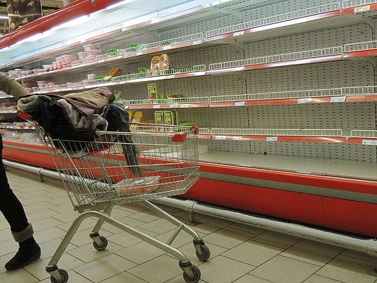 ЧП в супермаркете: хамское обращение вошло у охранников в привычку