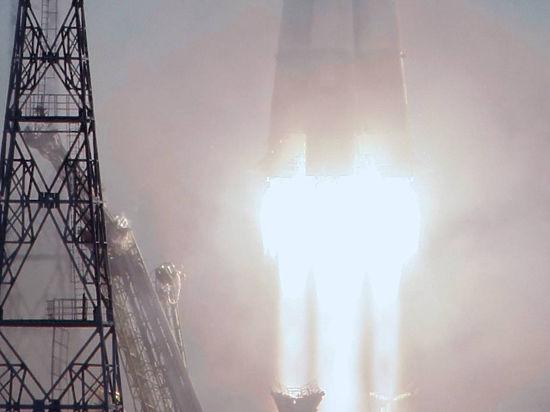 Россия показывает в Ле Бурже новый космический корабль