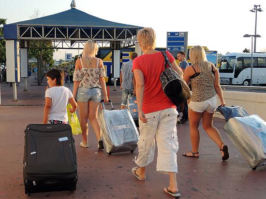 Отпугнет ли греческий кризис российских туристов?