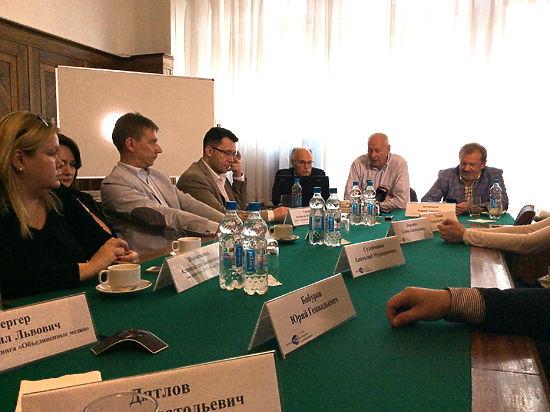 Замминистра связи Алексей Волин предложил СМИ набирать журналистов на вокзалах
