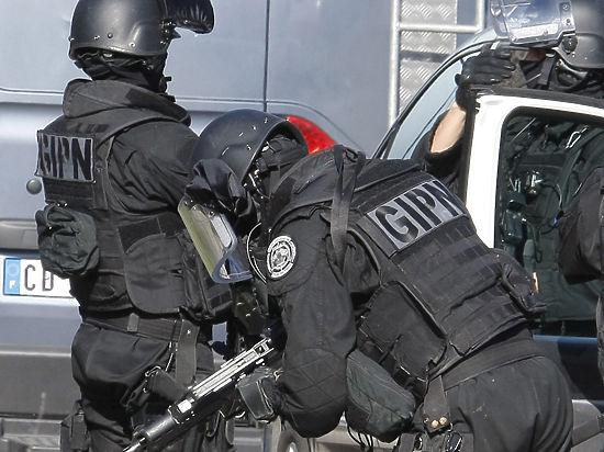 Теракт во Франции: на отрубленной голове нацарапано арабское письмо