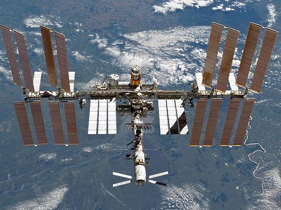 Геннадий Падалка провел на орбите почти 2,5 года