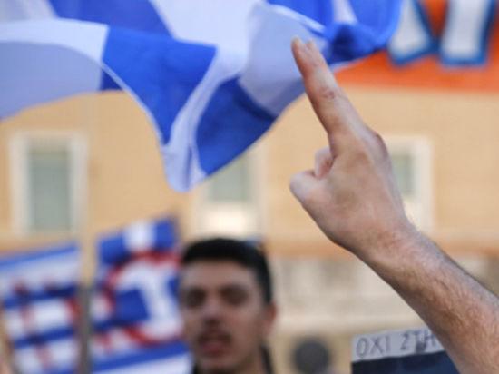 Ципрас призвал греков голосовать против условий кредиторов на предстоящем референдуме