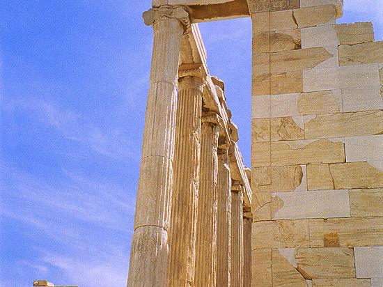 Греция не смогла уберечься от дефолта
