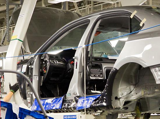 Робот на автозаводе расплющил рабочего, перепутав его с куском металла