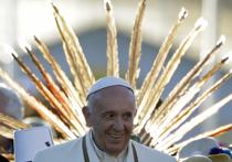 Папа Римский попробовал в Латинской Америке чай из листьев коки