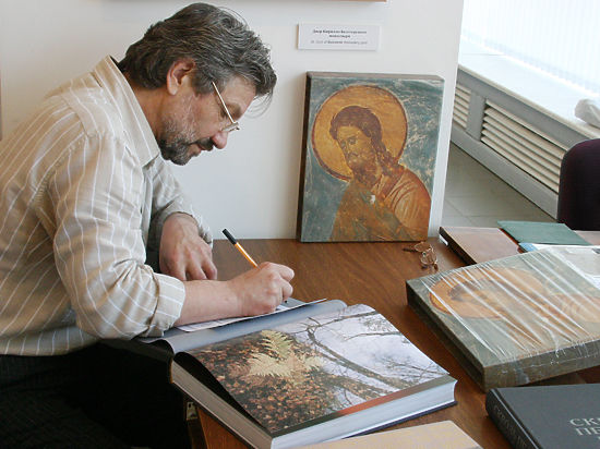 Из храма Христа Спасителя изгоняют фрески Дионисия