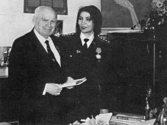 История Джуны: Брежнев просил Байбакова взять целительницу
