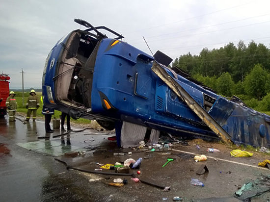 Три катастрофы автобусов в России:  виноваты сон за рулем или старая техника?