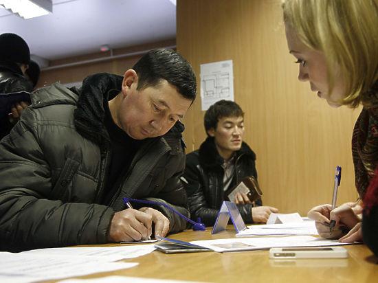 МВД просит разрешить штрафовать тех, кто не выдворил вовремя мигрантов