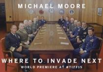 """""""Куда бы еще вторгнуться"""": Мур снял фильм о политике США"""